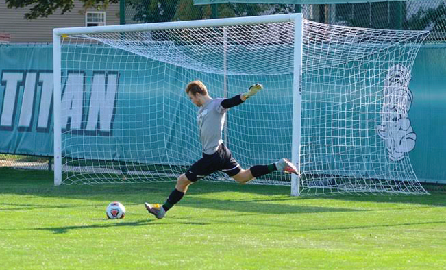 Men's soccer silences DuBuque Spartans at home with 3-1 win