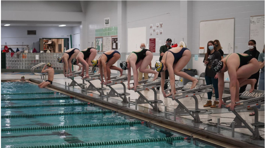 Swimming and Diving split their first meet back against Augustana